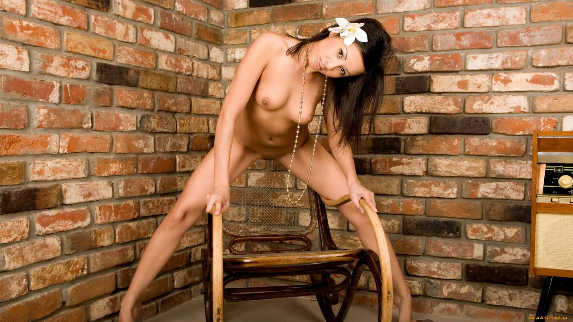 galerei-eroticheskih-oboy